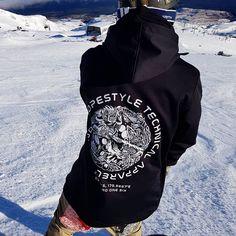 Womens 2019 Throw Down (Black) Tech Snowboard Hoodie Snowboard Hoodies, Snowboarding Gear, Indie, Tech, Street Style, Unisex, Lady, Coat, Avatar