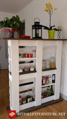 Use Pallet Wood Projects to Create Unique Home Decor Items – Hobby Is My Life Diy Pallet Furniture, Diy Pallet Projects, Recycled Furniture, Wood Projects, Pallet Ideas, Unique Home Decor, Home Decor Items, Diy Home Decor, Pallet Home Decor