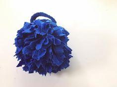 いいね!252件、コメント9件 ― KAWAMURA MIKI SAKIAMI BAGさん(@kawamuramiki_official)のInstagramアカウント: 「#河村美琴SAKIAMIバッグ展 Round S blue . 鏡の前へ何度も行ってしまうヤツ…。 _____________________ 河村美琴 SAKIAMI バッグ 展 . 2017…」