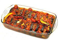 Reteta Kofte cu vinete -Adygio Kitchen Veggie Recipes, Vegetarian Recipes, Veggie Meals, Turkish Recipes, Ethnic Recipes, Oriental Food, Different Recipes, Ratatouille, Eggplant