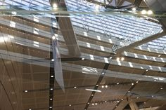 https://flic.kr/p/UuTAiD | glass atrium | of Tokyo International Forum, the facilities complex for conventions and artistic events with 11 stories above ground and 3 below, located in central Tokyo, Japan.