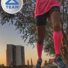 All the essentials for a 10 miles (8:09) recovery run: ✔️ @zensah compression sleeves ✔️ @skechersperformance  & bayview shorts --------------------------------------------                        By @peachrunner26.2 #zensah #withoutlimitz #xc #running #fitlife #teamzensah #athlete  #abw #brandambassador