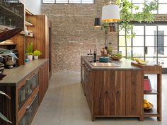 Cucina in legno con isola LOFT by TEAM 7 Natürlich Wohnen design Sebastian Desch