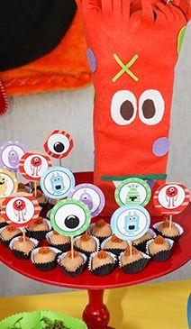 Felt Monster party decoration Monstro em feltro para decoração da festa de monstros