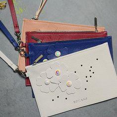 Magazinul Tau de Accesorii si Cadouri Online. - Bocane Italian Leather, Hand Bags, Leather Bag, Wedding Rings, Atelier, Handbags, Purse, Women's Handbags, Wedding Ring