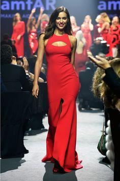 42 красных платьев на amfAR - Поиск в Google