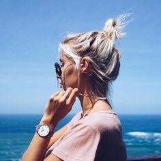 Discover recipes, home ideas, style inspiration and other ideas to try. Artsy Photos, Cute Photos, V Cute, Beach Pictures, About Hair, Hair Today, Beauty Photography, New Hair, Passion For Fashion