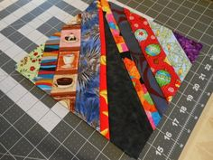 Creating A String Quilt String Quilts have a long tradition. Since they use small strips (strings) of fabric, they are a good . Quilt Block Patterns, Pattern Blocks, Quilt Blocks, Stix And Stones, Picnic Blanket, Outdoor Blanket, String Quilts, Fabric Scraps, Projects To Try