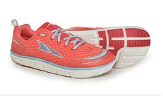 The Intuition started it all and is back with a new look, softer upper and more responsive ride! The Intuition retains its lightweight, flexible design and innovative technology that put Altra on the map. The FootShape™ toe box allows your foot to relax and spread out naturally and keeps the big toe straight for more power #bestrunningshoesforwomen