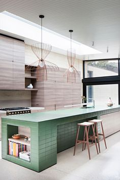 Robson Rak Architects LAYER HOUSE Photo : Shannon McGrath Styling : Swee Lim vm