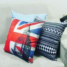 Já conferiu nossa loja? Almofadas lindas e sofisticadas só esperando por você! @decor_soft http://www.decorsoft.com.br/ https://br.pinterest.com/ #decorsoft #decor #almofadas #decoração