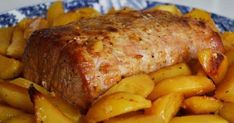 Μπούτι χοιρινό με πορτοκάλι και πατάτες και το μεσημεριανό χριστουγεννιάτικο τραπέζι αποκτά άλλο νόημα, αρκεί να πετύχετε το… μυστικό, δη... Appetisers, Greek Recipes, Meatloaf, Sausage, Food Porn, Pork, Food And Drink, Beef, Cooking