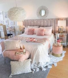 39 Pretty Teen Bedroom Design Ideas For Valentines Day To Try - homesbrowser Teen Bedroom Designs, Bedroom Decor For Teen Girls, Teen Room Decor, Room Ideas Bedroom, Cute Bedroom Ideas, Home Bedroom, 1980s Bedroom, Pretty Bedroom, Bedroom Furniture