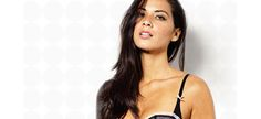 10 Things We Love About Olivia Munn  I love those freckles!!!