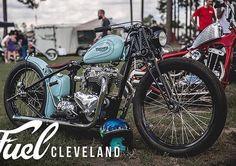 Bobber Motorcycle, Triumph Motorcycles, Custom Motorcycles, Custom Bikes, Custom Cars, Cars And Motorcycles, Bobber Style, Garage, Custom Bobber