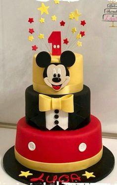 Mickey Birthday Cakes, Mickey Mouse Birthday Decorations, Boys 1st Birthday Cake, Mickey 1st Birthdays, Theme Mickey, Mickey Cakes, Mickey Mouse Clubhouse Birthday, Mickey Mouse Parties, Mickey Party