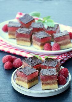Sukkerfri troika - LINDASTUHAUG Keto Chocolate Chip Cookies, Chocolate Sweets, Diabetic Snacks, Healthy Desserts, Keto Recipes, Cooking Recipes, Norwegian Food, Something Sweet, Diy Food