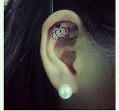 175+ Sensuous Inner and Behind The Ear Tattoos awesome  Check more at http://fabulousdesign.net/ear-tattoos/