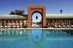 Escape in the pool of the Amanresorts Hotel in Morocco
