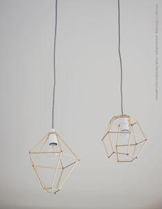 Med hjälp av sugrör och piprensare har jag gjort mig mina egna diamantlampor med mässingskänsla till hemmet. Dessa lampor går att göra i alla möjliga diamantformer och det är bara fantasin som...