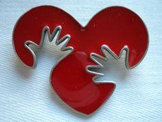 Vintage+Signed+JJ++Red+Enamel+Hands+on+Heart+by+JoJosJJs+on+Etsy