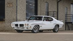 1970 Pontiac GTO Judge Ram Air IV 400/370 HP, 4-Speed presented as lot S153.1 at Indianapolis, IN 2015 - image1