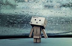 Amazon Box Robot: Rainy day inside car