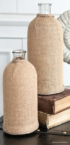 Burlap covered bottles-House In The Hamptons ● Décor Entryway. Burlap Projects, Burlap Crafts, Burlap Fabric, Burlap Lace, Hamptons Decor, Hamptons House, Bottle House, Altered Bottles, Beach Crafts