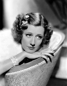 1930s hair & make-up