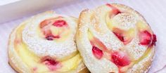 Scones, Cheesecake, Deserts, Food And Drink, Yummy Food, Sweets, Bread, Cooking, Recipes