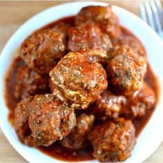 Bobby Flay's meatball (and sauce) recipe is a perfect combination of ingredients and flavors.
