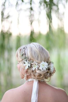 Wedding hair flower halo