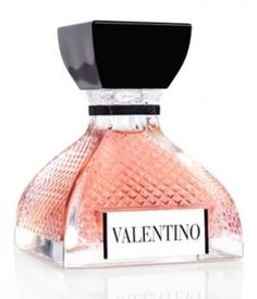 Valentino Eau de Parfum by Valentino is a floral aldehyde fragrance for women. Valentino Eau de Parfum is a new fragrance and it was introduced in Pink Perfume, Beautiful Perfume, Vintage Perfume Bottles, Perfume Scents, Fragrance Parfum, J Adore Parfum, Dolce E Gabbana, Perfume Collection, Business Casual Outfits