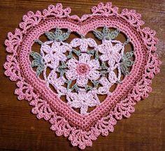 Lace Crochet - Corações de crochet