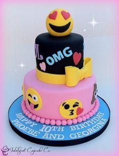 Emoji cake...........
