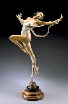 Femdom art sculpture