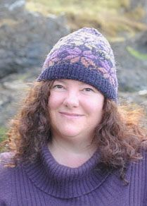 "Norwegian Star Hat is a pattern from ""Hats, knitted in stranded knitting with multicoloured yarn"" by Ruth Sorensen. Knitted Squares Pattern, Knitting Squares, Knitting Patterns, Fair Isle Knitting, Knitting Socks, Baby Knitting, Mitered Square, Fingerless Mittens, Square Blanket"