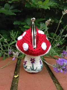 Toadstool Coin Purse Crochet Pattern
