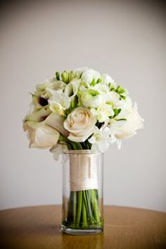 A soft and gorgeous bouquet to compliment the dress!