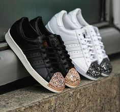 Discover the best shoes on Stylect. Find your favorite pair from a selection of more than shoes from more than brands Adidas, Front Row, Trainers, Louis Vuitton, Pairs, Sneakers, Shopping, Shoes, Accessories