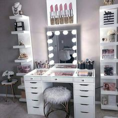 Vanity Decor - Impressions Vanity Co.mx amazing glam space featuring out Glow XL Mirror and Plus Tabletop 💫Link in bio to shop - Bedroom Decor For Teen Girls, Teen Room Decor, Room Ideas Bedroom, Diy Bedroom Decor, Home Decor, Preteen Girls Rooms, Desk For Girls Room, Room Decor Bedroom Rose Gold, Vanity Room