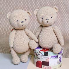 Teddy Bear Patterns Free, Crochet Teddy Bear Pattern, Knitted Teddy Bear, Easter Crochet Patterns, Large Teddy Bear, Cute Teddy Bears, Crochet Toys, Crochet Baby, Bear Toy