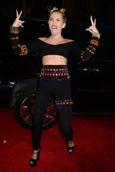 Miley Cyrus - MTVMA 2013