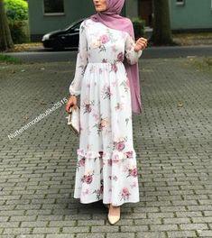 355 Likes, 7 Comments - Tesettür ve Genc Moda ( - Do It Yourself Fashion Modern Hijab Fashion, Islamic Fashion, Abaya Fashion, Muslim Fashion, Ethnic Fashion, Fashion Wear, Modest Fashion, Girl Fashion, Fashion Outfits