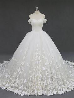 Butterfly Wedding Dress, Cute Wedding Dress, Dream Wedding Dresses, Bridal Dresses, Ball Gown Wedding Dresses, Wedding Dress Chiffon, Tulle Ball Gown, One Shoulder Wedding Dress, Ball Gown Wedding