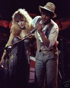 Stevie Nicks and Lindsey Buckingham, Fleetwood Mac, Mirage Tour Stevie Nicks Now, Stevie Nicks Fleetwood Mac, Stevie Nicks Lindsey Buckingham, Buckingham Nicks, Her Music, Music Love, Mustang, Come Play With Me, Stephanie Lynn