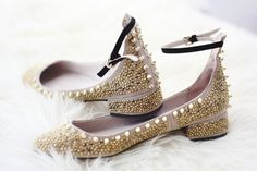 Beaded shoes with ankle strap