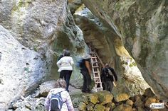 Ruta de Las Catedrales de Uña: Recorrido, fotos y track. Spain Travel, Hiking Boots, Trail, Places To Visit, Adventure, The World, Hiking Trails, Travel, Walking Boots