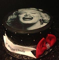 Marilyn Monroe cake!