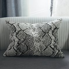 The fabulous Oriago cushion from Designers Guild SP13